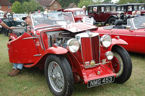 Picture of classic motor car at show